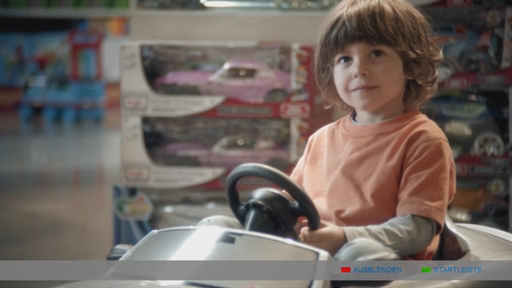 Spot reklamowy Easy Credit emitowany na ekranie TV w ramach interaktywnej reklamy HbbTV.