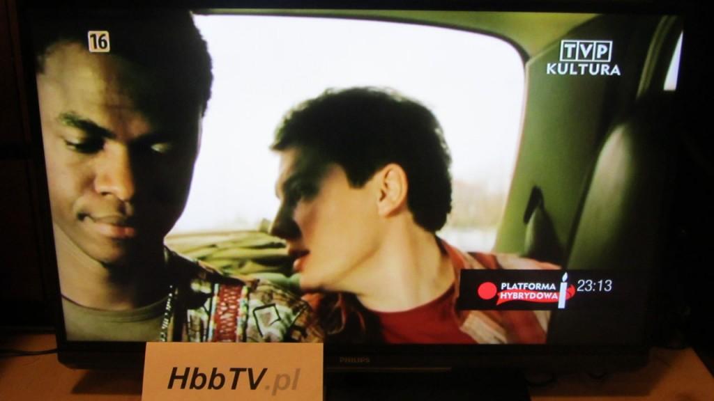 Informacja o dostępności serwisu HbbTV na kanale TVP Kultura.